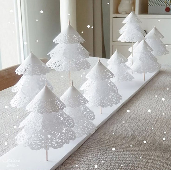 Arbol de navidad con blondas de papel