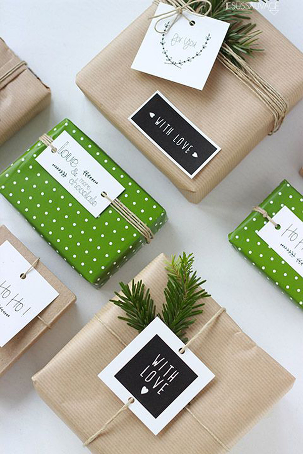 Envoltorios para regalos con elementos naturales. Ramitas