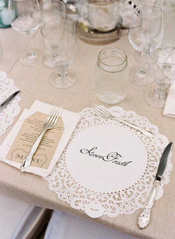 Marcasitio para boda con blondas de papel