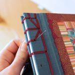 Cosido japonés con cinta para scrapbook