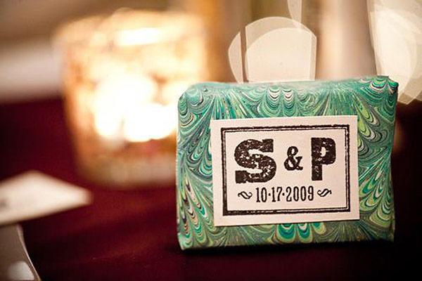 Jabon forrado con papel para detalle boda