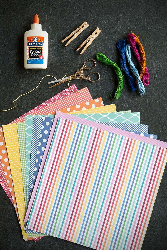 Materiales necesarios para realizar abanicos de papel