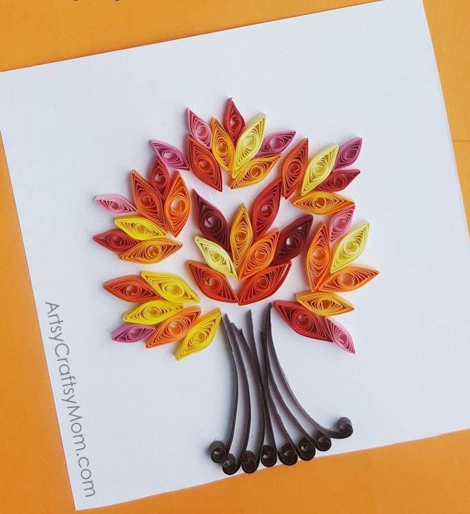 Quilling para principiantes: postal arbol de filigranas de papel