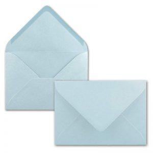 Sobres color azul claro para invitaciones