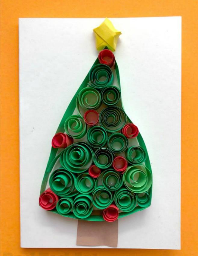 Quilling para niños: tarjeta de navidad con filigranas de papel