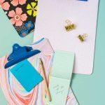 Clipboard forrado papel envolver regalos