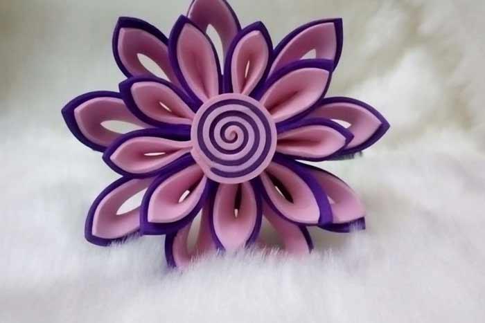 Flores de goma eva en dos colores