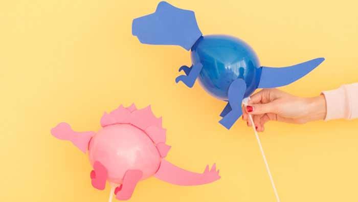 Manualidades dinosaurios: globos dinosaurios