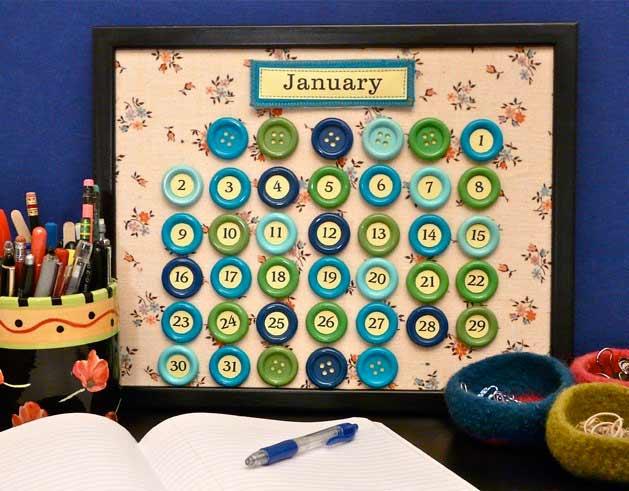 Calendario con botones. Manualidades con botones divertidas