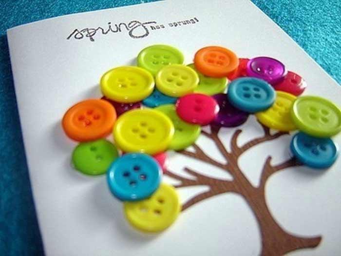 Tarjetas con botones. Manualidades fáciles con botones