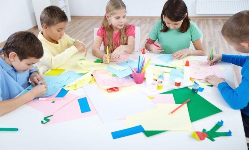 Manualidades con papel para niños es creatividad