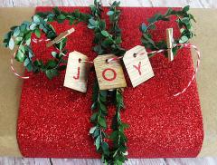 Cómo envolver regalos de Navidad